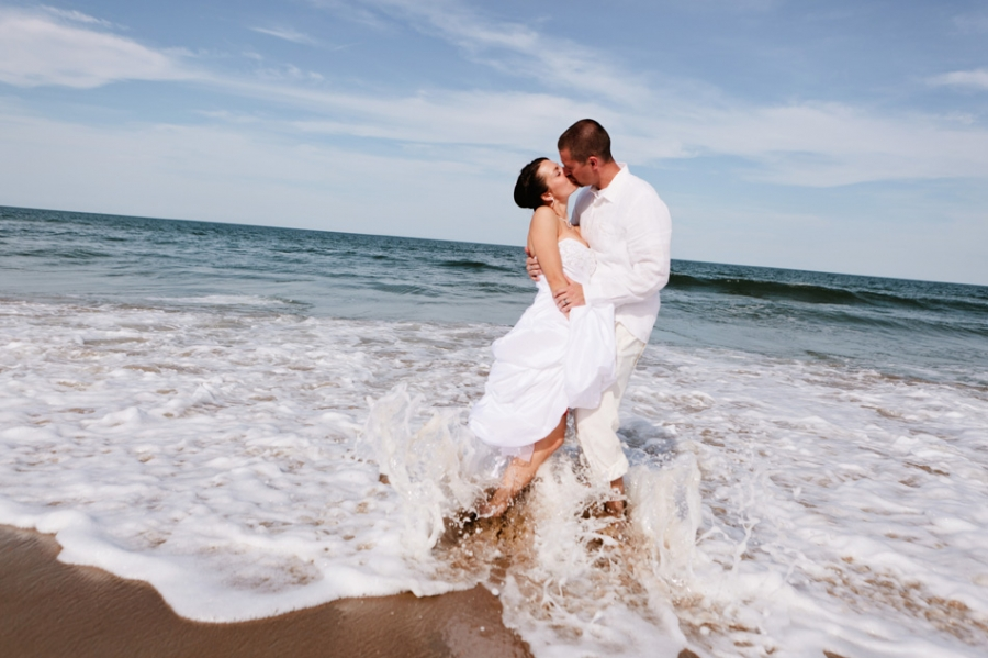 00001-sandbridge_beach_wedding(pp_w900_h599)